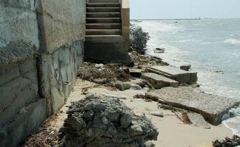 La erosión costera es uno de los posibles efectos del cambio climático en Yucatán. (Novedades Yucatán)