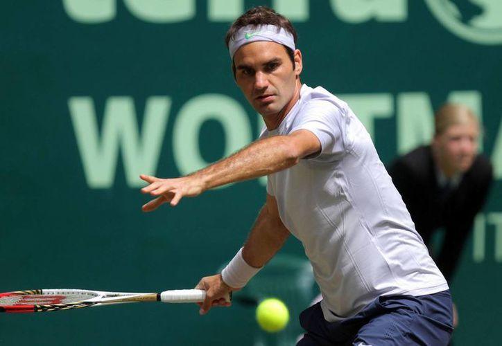 Federer intenta ganar apenas su primer título de la temporada. (Agencias)