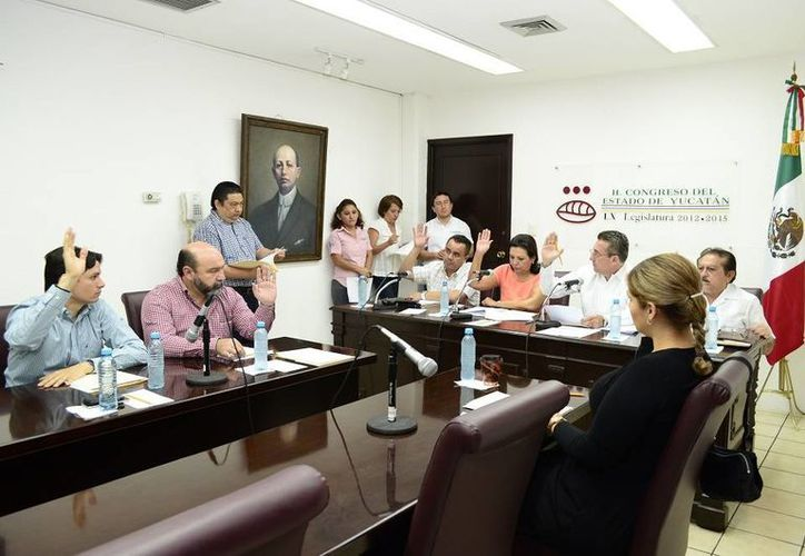 Diputados aprobaron en comisiones la Iniciativa de Reformas a la Ley de Ingresos 2015 y una solicitud del municipio de Progreso. (SIPSE)