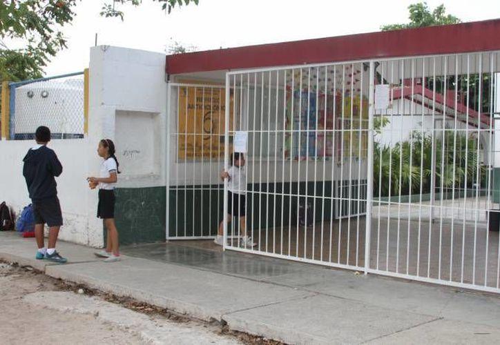 Las escuelas primarias abrirán las rejas a las 7:30 de la mañana. (Victoria González/SIPSE)