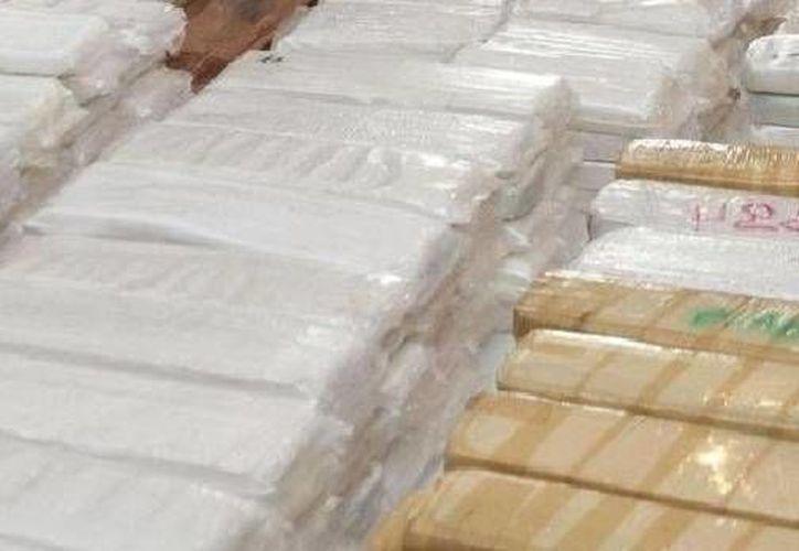 Un oficial naval calculó que la droga decomisada tendría un valor de unos 15 millones de dólares. La imagen es de contexto. (mmspress.com.mx)