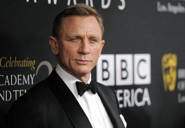 Según Daniel Craig, el entrenamiento que hace para James Bond no es necesario para la vida real. (Agencias)