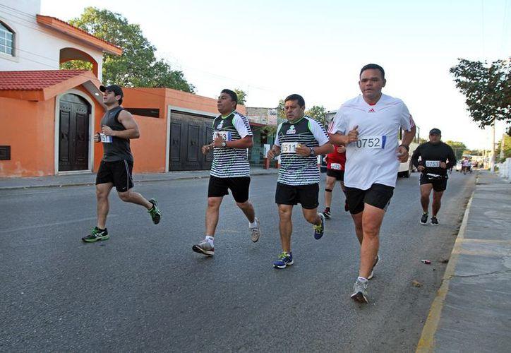 Zapata Bello hizo los 10 mil metros en 53 minutos con 39  segundos. (Cortesía)