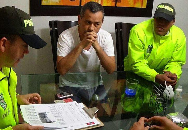 La Policía Nacional de Colombia detuvo al empresario peruano Rodolfo Orellana, quien permaneció prófugo de la justicia de su país donde se le acusaba de dirigir una red criminal de narcotráfico. (EFE)