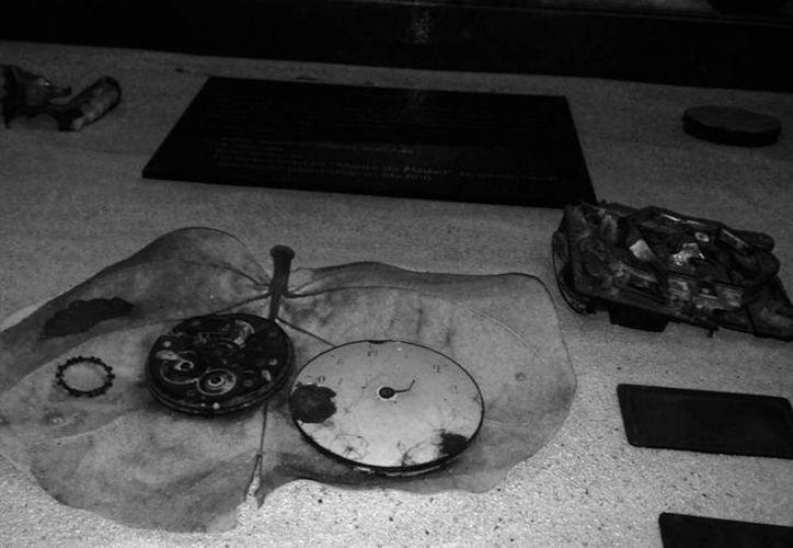 Pedacería de reloj encontrada en las lagunas del Nevado de Toluca en la década de 1960. (Cortesía INAH)