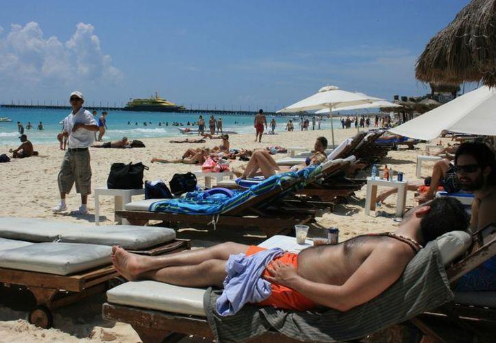 Trabajadores recibirán una certificación avalada por la Secretaría de Turismo. (Yenny Gaona/SIPSE)