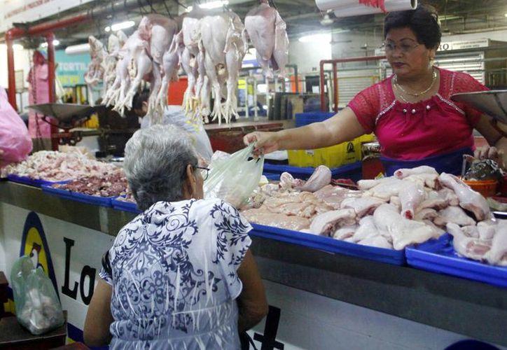 El pollo es muy recurrido en la dieta del yucateco. (Milenio Novedades)