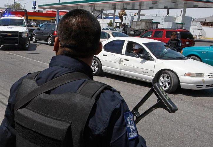 Militares no se detuvieron en el retén y fueron baleados. (nortedigital.com.mx)