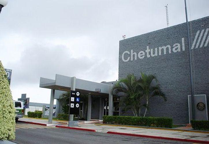 En los proximos días se reunirán con ejidatarios para conocer su postura sobre la ampliación del aeropuerto. (telediario.mx)