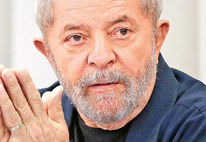 El ex presidente brasileño Lula Da Silva es investigado por corrupción. (AP)