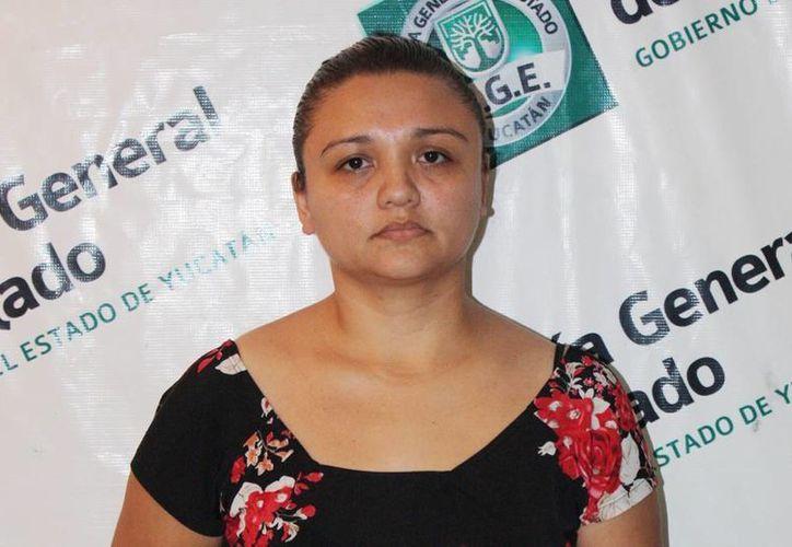Zulemy Yazmín Arjona Osorio está acusada de robar el dinero de la empresa para la que laboraba. (Milenio Novedades)