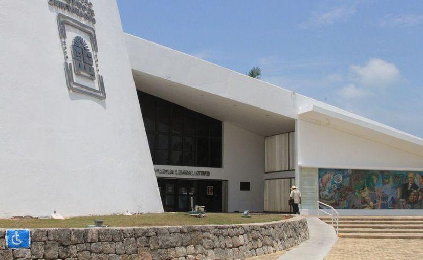 Analizan la actuación de dos jueces de distrito en Quintana Roo, que se considera interfieren la soberanía del Poder Legislativo. (Joel Zamora/SIPSE)