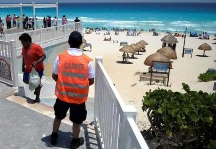Los elementos estarán en las playas públicas de Cancún y Riviera Maya. (Cortesía)