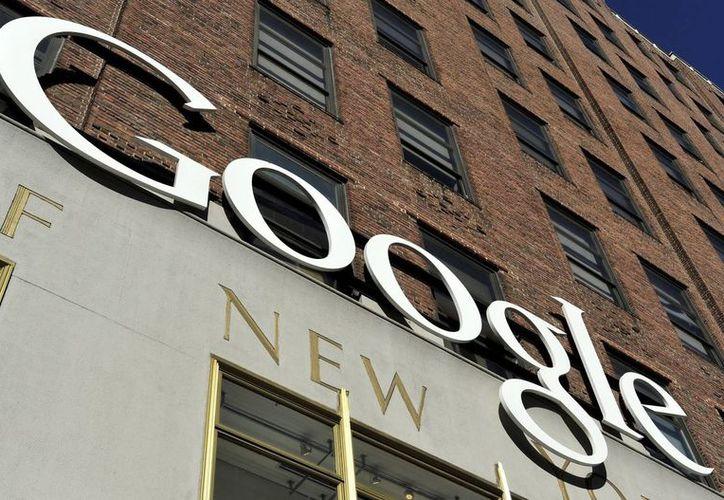 """Google, Facebook y Microsoft rechazaron la existencia de una """"puerta trasera"""" por donde entraría la NSA a sus bases de datos. (EFE/Archivo)"""