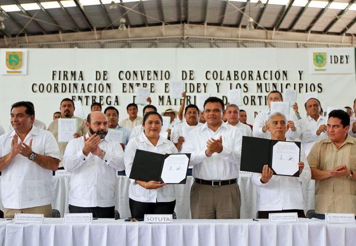 El gobernador Rolando Zapata Bello reiteró su apoyo a los deportistas del Estado. (Milenio Novedades)