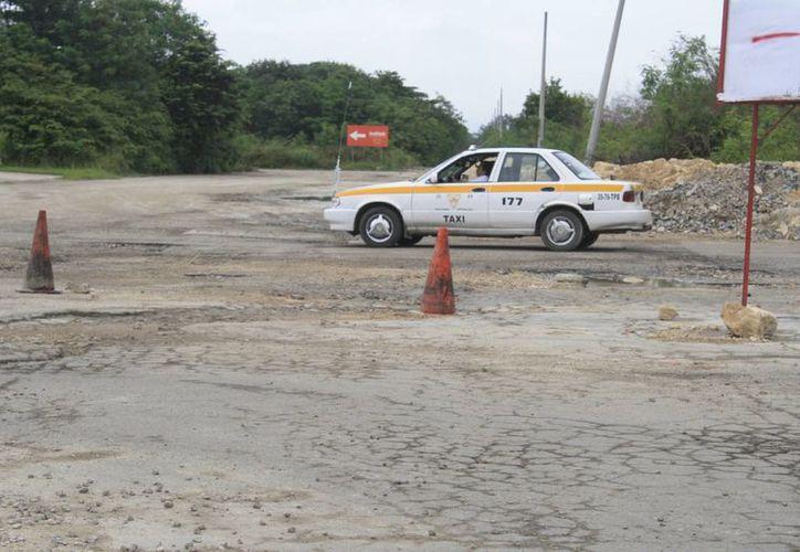 Los recursos empleados permitirán atender algunas calles de Chetumal que se encuentran en pésimas condiciones. (Harold Alcocer/SIPSE)