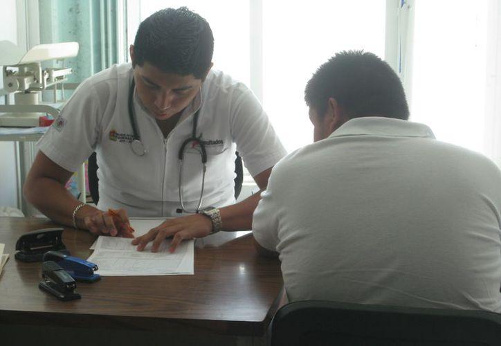 Esta semana especialistas médicos de la fundación Medical Mission Network darán consultas gratuitas en Bacalar.  (Javier Ortiz/SIPSE)