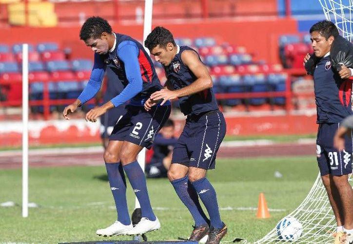 El partido de vuelta entre Atlante y Necaxa se llevará a cabo el sábado 8 de noviembre en el estadio Victoria de Aguascalientes. (Redacción/SIPSE)