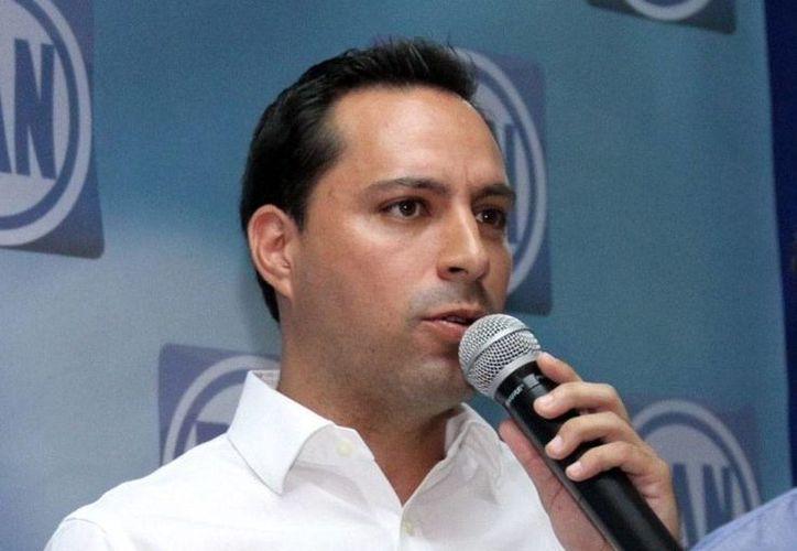 El candidato del PAN a la Alcaldía de Mérida, Mauricio Vila Dosal, se quejó de 'guerra sucia' por parte del PRI. (Milenio Novedades)