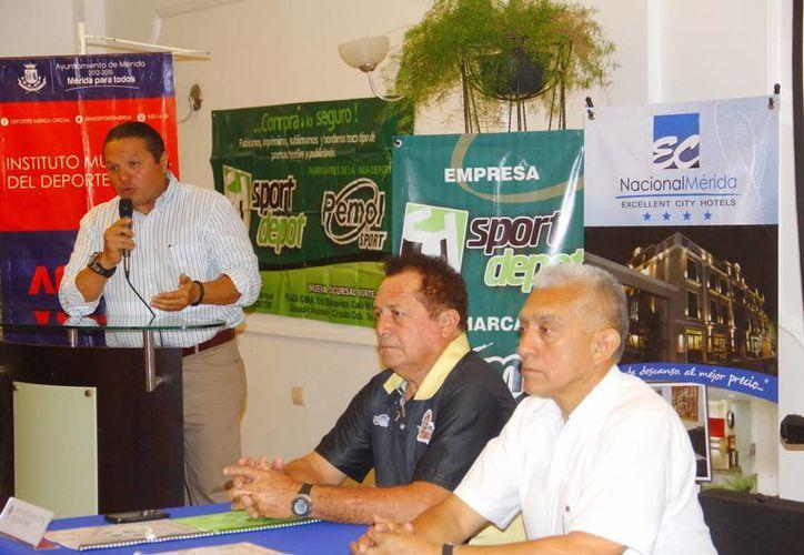 Durante la presentación de la Copa Yucatán de futbol se informó que la inauguración será en la Unidad Deportiva de Caucel a las 19:00 horas del 11 de abril. (Milenio Novedades)