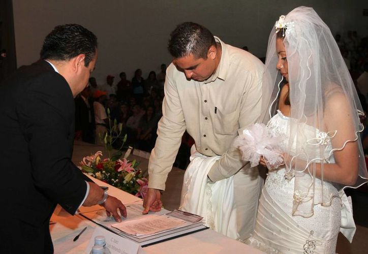 Señalan que el matrimonio es una oportunidad para reflexionar y cambiar. (Notimex)