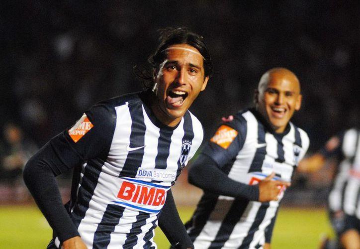 A los siete minutos de partido, Monterrey perfora las redes morelenses. (Archivo Notimex)