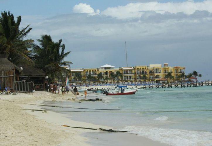 El deterioro de las playas es cada vez mas evidente. (Adrián Barreto/SIPSE)