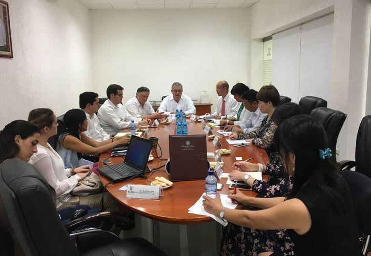 Continúan vínculos de cooperación entre Yucatán y la provincia de China. Uno de los objetivos es ampliar el número de turistas chinos que visitan el estado mexicano. (Foto cortesía del Gobierno estatal)