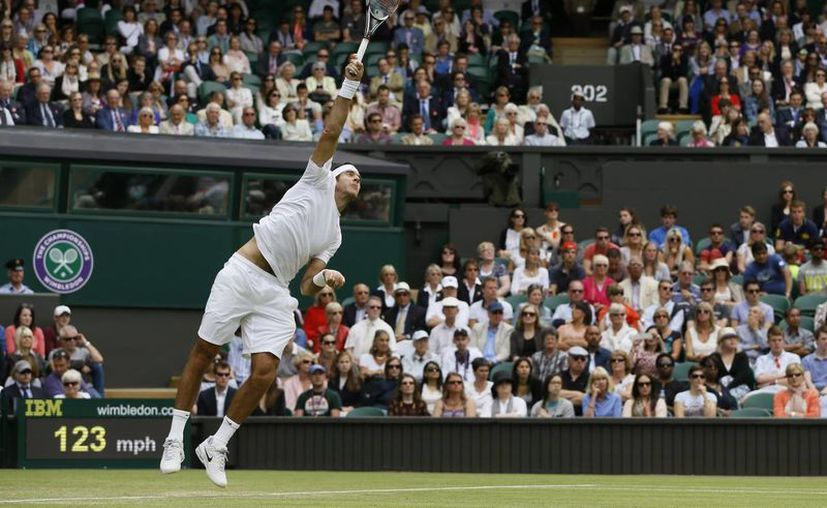 Del Potro (foto) y Andy Murray son dos de los tres favoritos para agenciarse el título masculino en Wimbledon. (Agencias)