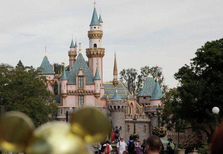 El brote de Disneylandia ya se ha extendido más allá de los parques que atraen a decenas de miles de visitantes de todo el mundo. (Archivo/Agencias)