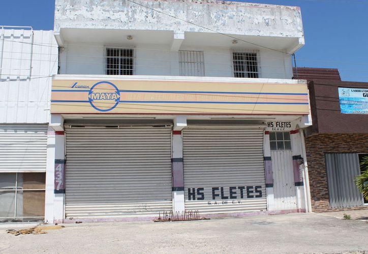 Son 22 negocios en la capital del Estado cerrados definitivamente, dejando en el desempleo entre 125 y 130 personas chetumaleñas. (Joel Zamora/SIPSE)