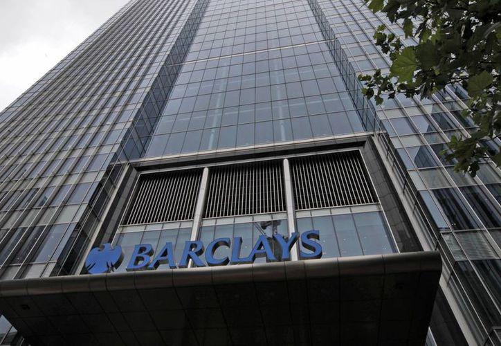 El banco inglés Barclays fue sancionada por EU por transacciones con Teherán. (Archivo/Agencias)