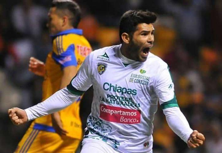 Silvio Romero pasa de Jaguares de Chiapas a las Águilas del América. (goal.com)