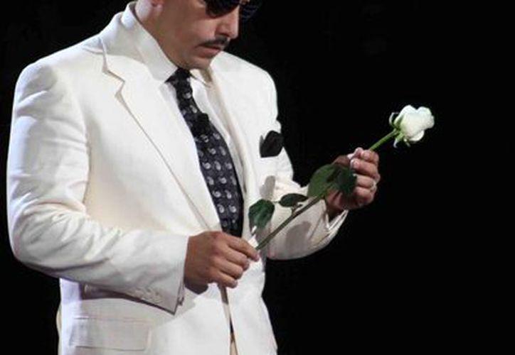El cantante Lupillo Rivera reafirmó durante la final de La voz México 2 que su recién fallecida hermana Jenni siempre será 'La Diva de la Banda'. (Notimex)