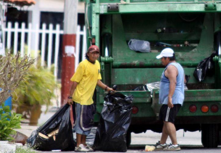 Tome sus precauciones, el martes 16 no pasarán por la basura Servilimpia, Sana y Pamplona. (SIPSE)