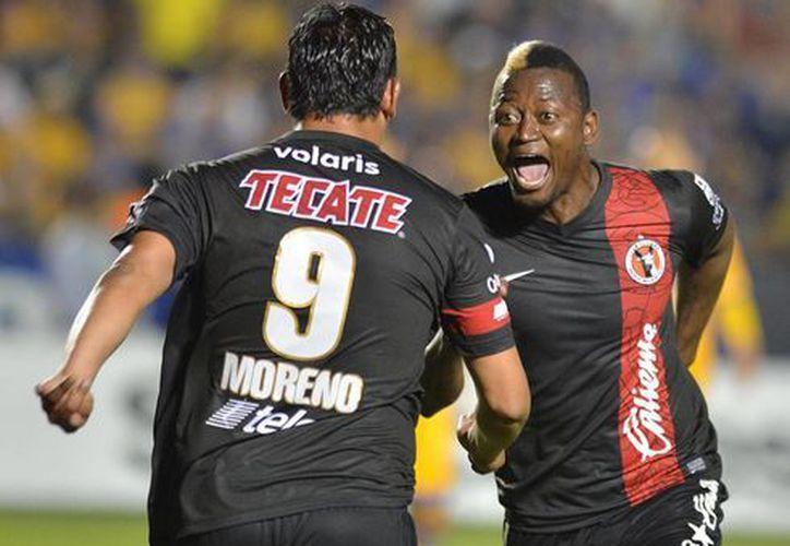 En lo que fue su mejor partido del torneo, Chiapas le faltó al respeto al campeón Xolos. (Archivo Notimex)