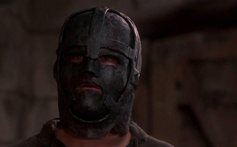 Revelan El Misterio Del Hombre De La Mascara De Hierro Es