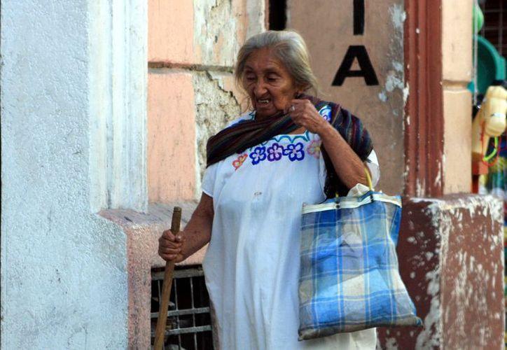 Los yucatecos con más de 50 años de edad son los más afectados por los males respiratorios. (SIPSE)