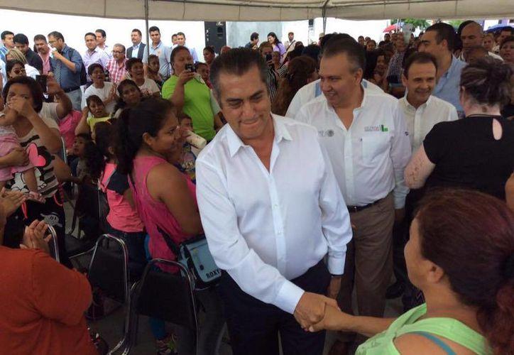 Jaime Rodriguez Calderón asegura que la anterior administración del gobierno de Nuevo León cometió irregularidades por al menos tres mil 600 millones de pesos. (Facebook/Jaime Rodríguez Calderón)