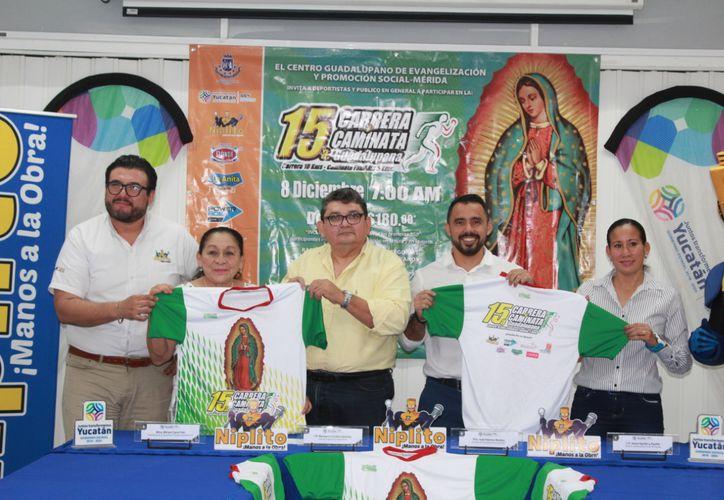 El jersey oficial de la carrera tiene como distintivo a la Morenita del Tepeyac. (Novedades Yucatán)