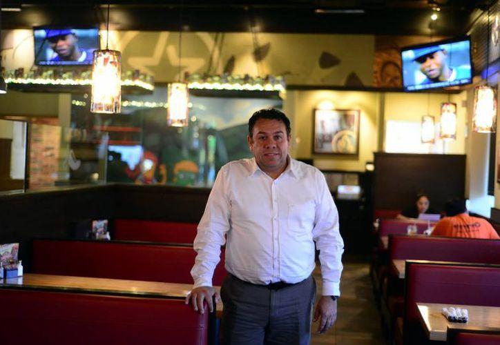 """Manuel Miramontes, director de operaciones de """"Chillis"""", una marca de Brinker Internacional y grupo CMR. (Milenio Novedades)"""