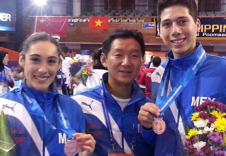 Daniela Rodríguez y Juan Sifuentes (d) ganaron la primera medalla de bronce para México en la especialidad. (Conade. gob.mx)