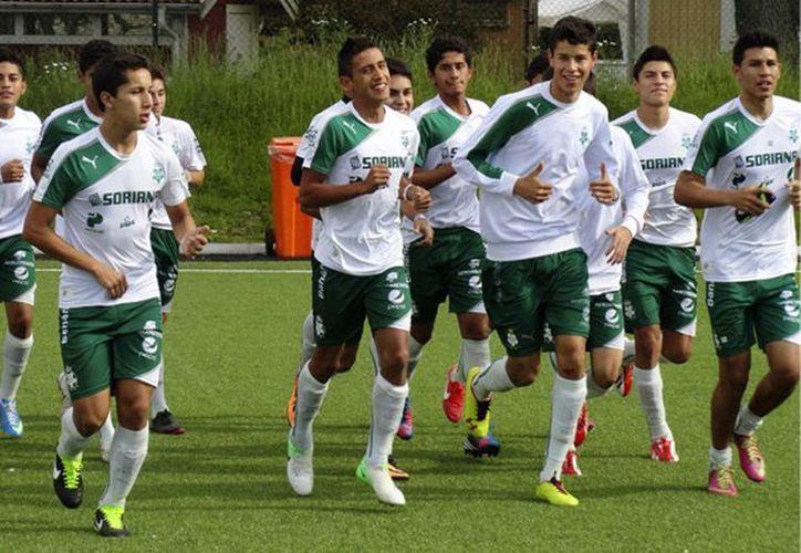 Equipo santista Sub 17 durante un entrenamiento. (Foto de contexto tomada de yodeportivo.com)