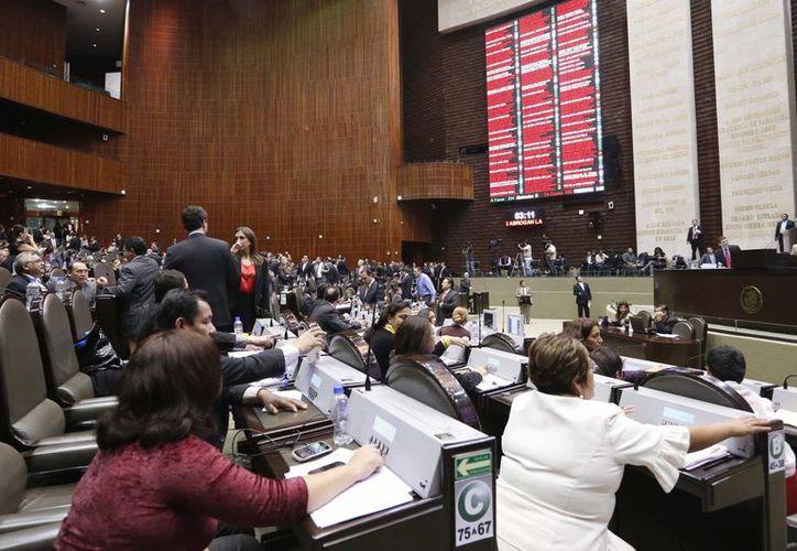 """""""El Presupuesto de Egresos 2014 será aprobado en la sesión de hoy, aunque ya entrada la madrugada del jueves"""", aseguró Ricardo Anaya. (Notimex)"""