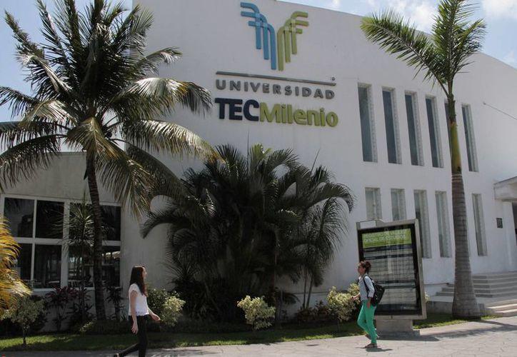 En la universidad Tec Milenio Cancún estudian 750 alumnos actualmente. (Tomás Álvarez/SIPSE)