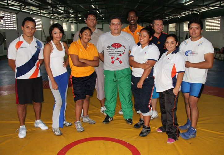 Integrantes de la selección estatal retornan del primer serial nacional con preseas. (Alberto Aguilar/SIPSE)