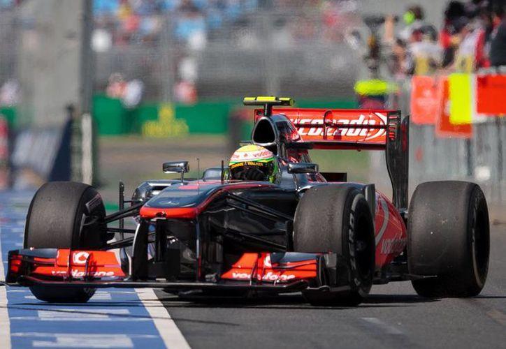 Sergio Pérez asegura que la calidad de los neumáticos influye en la estrategia de carrera. (Foto: Agencias)