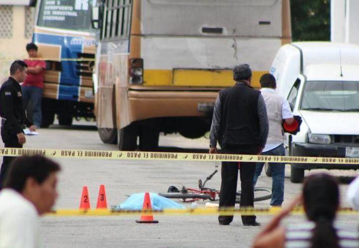 Cenapra dio algunas recomendaciones a los ciclistas y automovilistas para evitar accidentes. En Yucatán, 612 ciclistas estuvieron involucrados en un accidente durante el 2011, los cuales la mayoría de dieron en intersecciones en las calles. (Milenio Novedades)