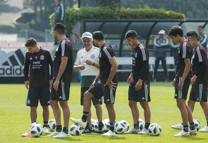 Ricardo 'Tuca' Ferretti continúa entrenando a los nuevos talentos que podrían ser parte de la Selección Nacional. (Reporte Índigo)