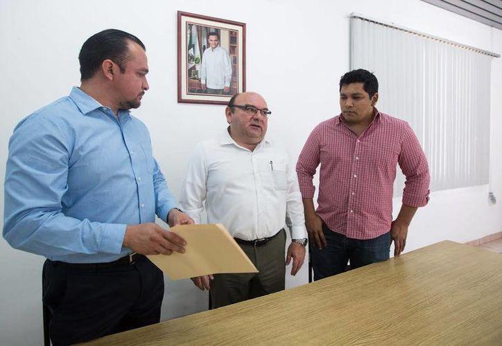 La empresa Ryde&Go recibió su registro como plataforma digital de transporte autorizada en Yucatán. (Foto cortesía del Gobierno)